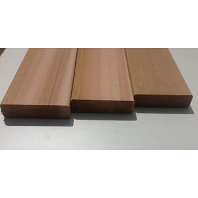 Доска для фасадов и террас из Канадского кедра с сучками строганая 40*141 длина 2440 мм